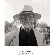 Mirė profesionalaus pantomimos teatro Lietuvoje pradininkas M. Tenisonas