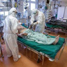 Praėjusią parą nuo koronaviruso mirė 29 žmonės: tarp jų – ir vos vyresnis nei 30 metų