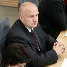 Teismas: R. Ačas nuo Raseinių administracijos vadovo pareigų nušalintas teisėtai