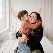Didžiausias gyvenimo turtas – išmintinga mamos meilė
