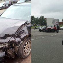 Po avarijos judrioje Kauno gatvėje vairuotojas ieško liudininkų