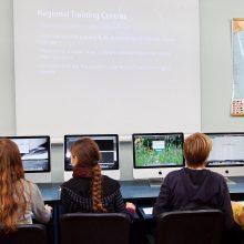 Nuotoliniam mokymui ministerija pirks ir nuomos 35 tūkst. kompiuterių