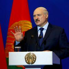 A. Lukašenka apie P. Porošenką: karys ir tikras politikas