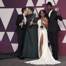 """""""Oskarų"""" įteikimo ceremoniją per televiziją šiemet stebėjo beveik 30 mln. žiūrovų"""