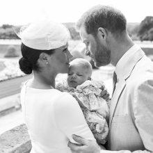 Princas Harry ir Meghan privačioje ceremonijoje pakrikštijo sūnų Archie