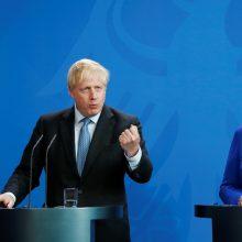 """B. Johnsonas: Britanija negali priimti dabartinės """"Brexit"""" sutarties"""