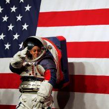 Sugrįžti į Mėnulį besiruošianti NASA dairosi tarptautinių partnerių
