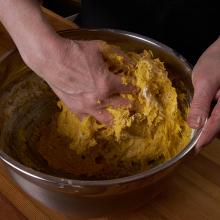 Ruošiamės šventėms: Velykų boba – stalo puošmena