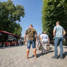 Per parą Lietuvoje nuo koronaviruso pirma doze paskiepyta 10,7 tūkst. žmonių