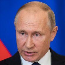 V. Putinas pasirašė įstatymo projektą dėl pensinio amžiaus didinimo