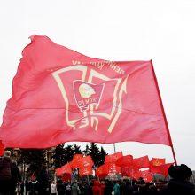 Rusijos Komunistų partijos šalininkai protestuoja prieš Kremliaus politiką