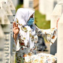 Bosnijos musulmonai mini Srebrenicos žudynių 25-ąsias metines