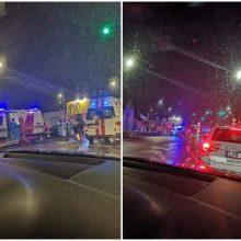 A. Juozapavičiaus prospekte – dviejų automobilių avarija: sužaloti trys žmonės