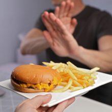 Tyrimas: dauguma lietuvių kasdien valgo produktus, didinančius cholesterolio kiekį