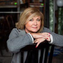 Girta vairavusi TV laidų vedėja E. Mildažytė lieka sulaikyta