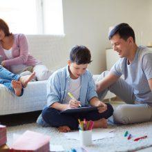 Latvijos vyriausybė skyrė lėšų vienkartinei 500 eurų išmokai kiekvienam vaikui