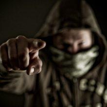 Uostamiestyje veikė nusikaltėliai: apiplėšta senolė, apvogtas butas