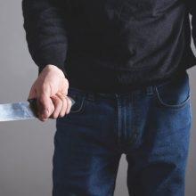 Per konfliktą Vilniuje, įstaigos patalpose, peiliu sužalotas vyras