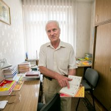 A.Noruševičius stebisi, kodėl, turint susistemintų vardų kalendorių, vardadienių chaosas nesumažėjo.