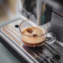 Per karantiną kavos gėrimo ritualai namuose tapo dažnesni <span style=color:red;>(trys receptai)</span>