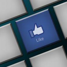 """Siekdamas mažinti spaudimą, """"Facebook"""" kai kur neberodo patiktukų skaičiaus"""