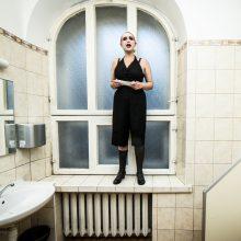 J. Karpikova – kūrėja, analizuojanti fantomus