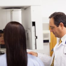 Ateityje žada kitokį chirurginį krūties vėžio gydymą