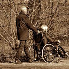 """Grupė """"valstiečių"""" siūlo leisti paprastesne tvarka pritaikyti namus neįgaliesiems"""