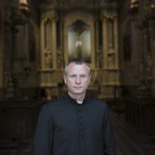 Kunigas M. Mitkevičius: sunkūs laikai atskleidžia tiesą apie žmogų