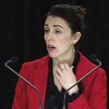 Naujosios Zelandijos lyderės sužadėtuvių liudininkais tapo policininkas ir šuo