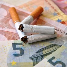 Gydytojai ir vaistininkai vieningi: atsisakyti cigarečių gali ir užkietėję rūkaliai