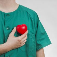 """Neįtikėtina istorija: donoro širdis """"išgyveno"""" sraigtasparnio katastrofą"""