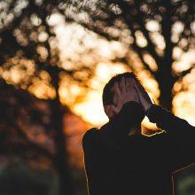 Psichologė pataria, kaip įveikti netektį negraužiant savęs