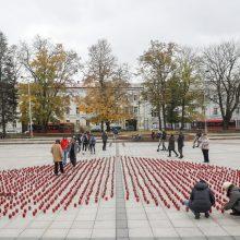 """Organų donorams pagerbti 18-oje miestų liepsnoja """"Gyvasties"""" žvakelės"""