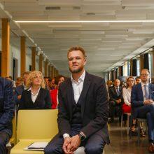V. Landsbergis: priešintis ar nuolankiai atsigulti po Astravo AE?