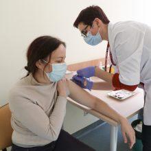 Baigta sveikatos sistemos darbuotojų vakcinacija: imunitetą turi trys ketvirtadaliai medikų
