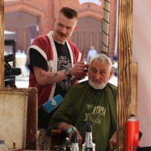 Raudondvario dvare šventė senjorai: džiaugėsi ne tik nemokamomis šukuosenomis
