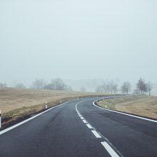 Vakarų Lietuvoje eismą sunkina rūkas