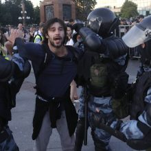 Per demonstraciją Maskvoje buvo sulaikyta beveik 1,4 tūkst. žmonių