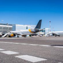 """Naujas projektas """"Aerokinas"""": Vilniaus oro uoste – """"Kino pavasario"""" seansai"""