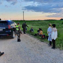 Įspėja dėl neteisėtų migrantų iš Baltarusijos: tai gali sukelti ne tik humanitarinę krizę