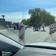 Skaudi nelaimė: remontuojamoje uostamiesčio gatvėje partrenktas žmogus