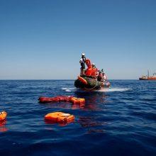 Prie Tuniso krantų nuskendo trys migrantai, dar dešimtys dingo