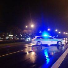 Du girti vairuotojai Plungėje sukėlė avarijas ir iš jų pasišalino