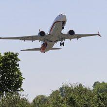 """""""Boeing"""" vadovas apie """"737 Max"""" katastrofas: aiškiai pridarėme klaidų"""