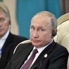 Britai atsisakė į konferenciją įleisti rusų žurnalistus, Kremlius tai vadina absurdu