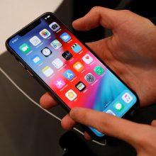 """Kinui už telefonų """"iPhone"""" išviliojimą gresia milijoninė bauda ir 10 metų kalėjimo"""