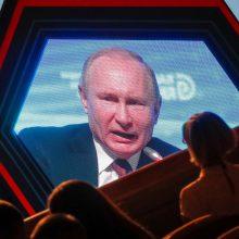 """Kremliaus patarėjas: Rusija dešimtmečius išliks """"Putino valstybė"""""""