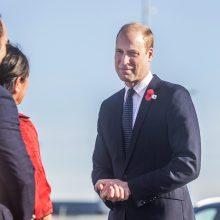 Naujojoje Zelandijoje po atakų mečetėse lankosi princas Williamas