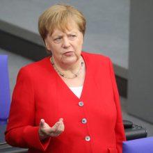 A. Merkel yra pasiruošusi eiti į kompromisą dėl EK vadovo posto